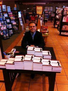 Ryan Lowe | Best Motivational Keynote Speaker | Book Signing