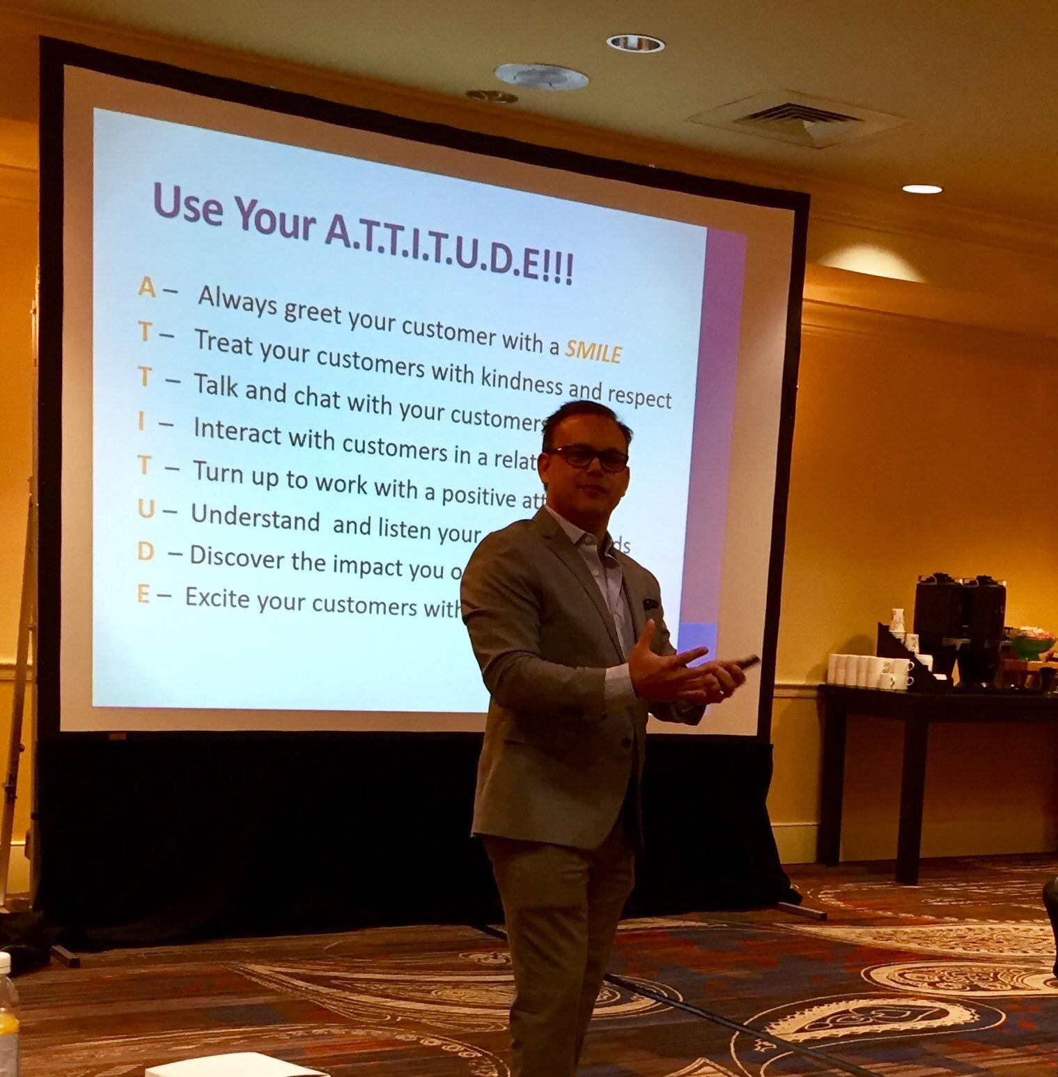 Customer Service Training by Customer Service Trainer Ryan Lowe